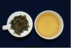 TLT    MONKEY PICKED SUPREME oolong tea