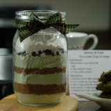 MATCHA & DARK CHOCOLATE CHIP  MASON JAR COOKIE MIX GIFT